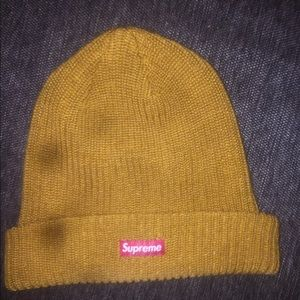 BRAND NEW SUPREME LIMITED EDITION BEANIE TAN